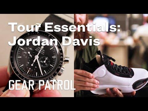 What Country Singer Jordan Davis Wears Onstage | My Tour Essentials
