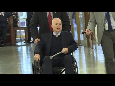 White House ignores staffer's comment mocking McCain