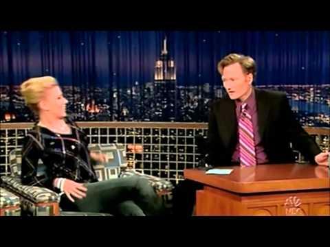 Conan O'Brien -  Scarlett Johansson 12 Jul. 2005