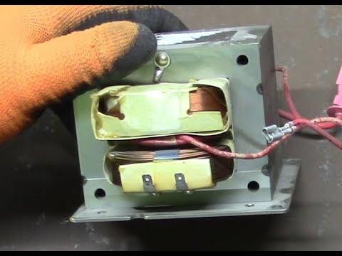 Разбираем трансформатор от микроволновки.