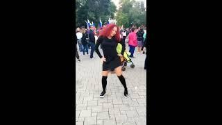 Внезапные танцы. Кристина Si-Мне не смешно!