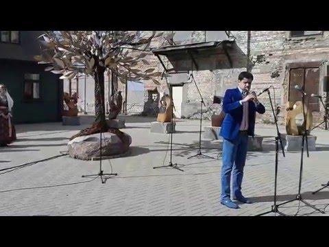 20160518 Дудук на открытии экспозиции о геноциде армян