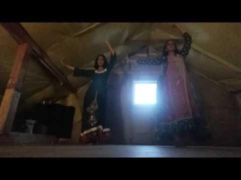 Indian weeding dance performence: Nagada sang dhol