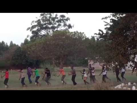 May 29, 2014 Zulu Traditional Dance: Hluhluwe–iMfolozi Park Departure back to Durban, South Africa