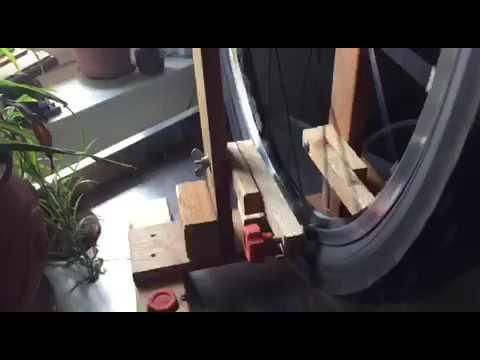 zentrierst nder aus holz selber machen youtube. Black Bedroom Furniture Sets. Home Design Ideas