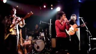 2009年3月4日、新宿紅布で行われたライヴ映像。サルーキ= VOCAL/ch...