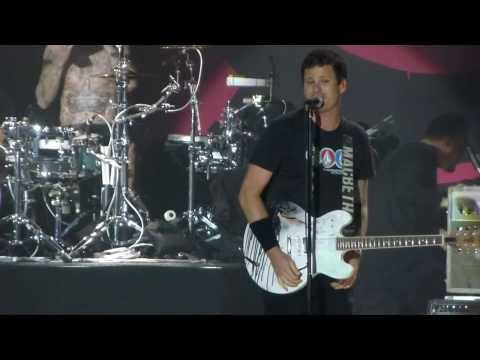"""Dogs Eating Dogs"" Blink 182@Sands Bethlehem PA Event Center 9/12/13"
