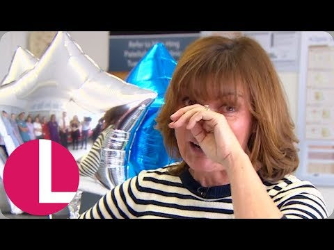 A Tearful Lorraine Thanks the NHS Staff That Saved Her Life | Lorraine