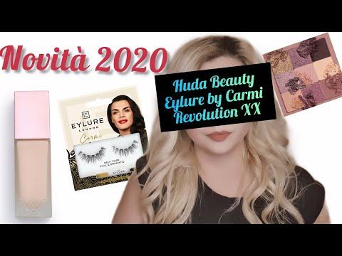 Fondotinta REVOLUTION XX liquid skin  Ciglia Finte EYLURE CARMI  Palette Occhi HUDA BEAUTY sand haze