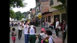 Peinados y Carrozas Afro./German Nieto 2012
