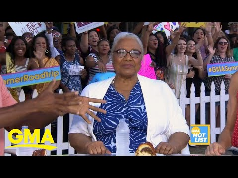 image for WATCH! Michael Strahan's mom makes appearance on 'GMA'