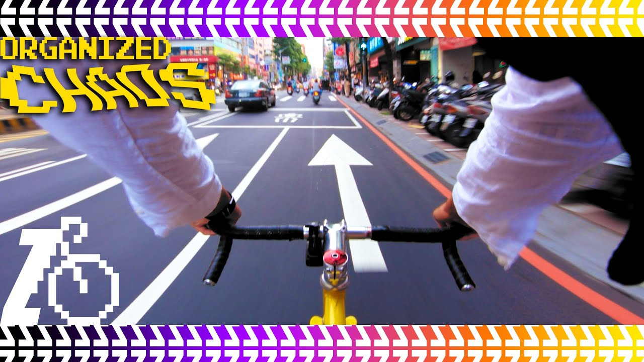 Just fixed gear riding in Taiwan's organized chaos