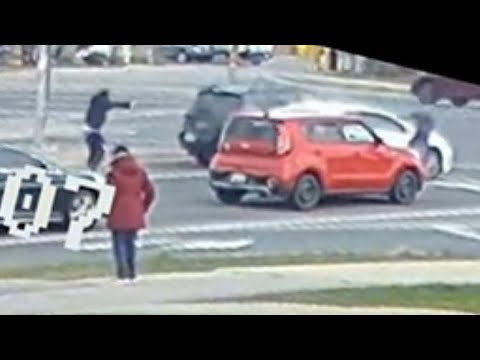 WATCH: Video shows brazen, daylight gunfight in the middle of a busy Ontario intersection