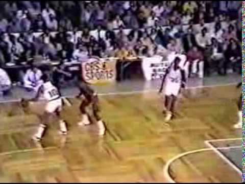 Jo Jo White (33pts/9assts) vs Phoenix Suns (1976 Finals)