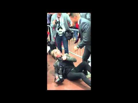 US Secret Service Agent assaulting Christopher Morris