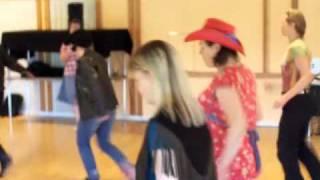 Crazy Flutters Elvis tävling i Line Dance 2009 2
