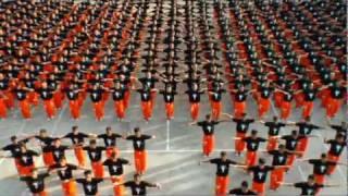 Танец заключённых, посвящённый Michael Jackson