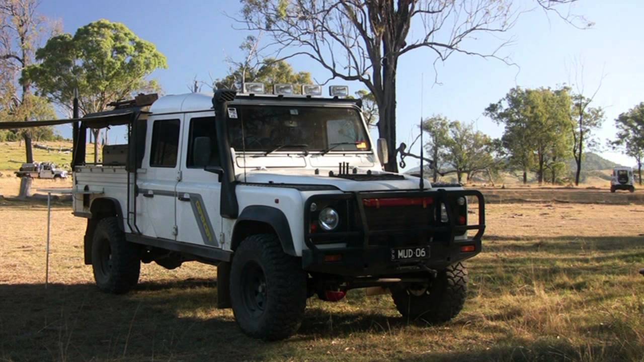 Land Rover Defender 130 300tdi Youtube