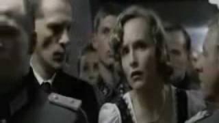 Hitler se entera de que University Poker UAB viajará a Mallorca