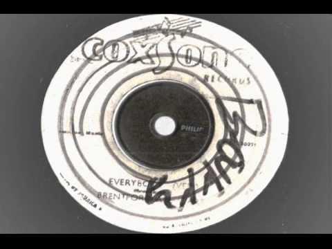 Freedom Singers - Everybody  Talking extended mix - Coxsone records  reggae