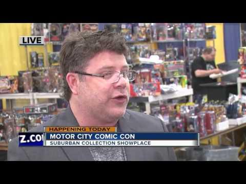 Talking with Sean Astin at Motor City Comic Con