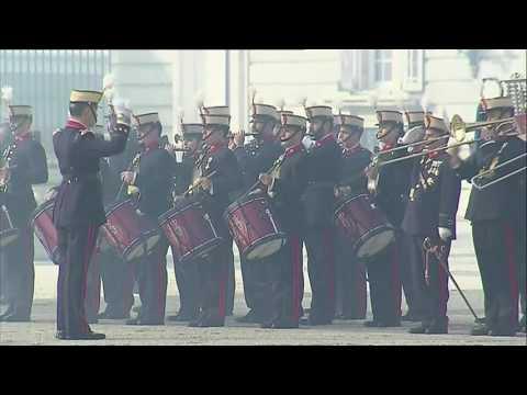 los reyes le dieron la bienvenida al presidente macri en su primera visita oficial a espana