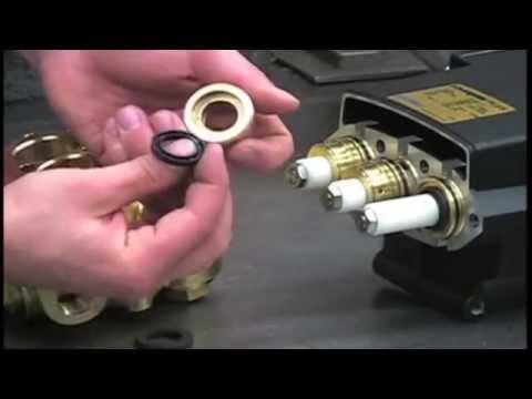 Powerline Plunger Pump Service Video