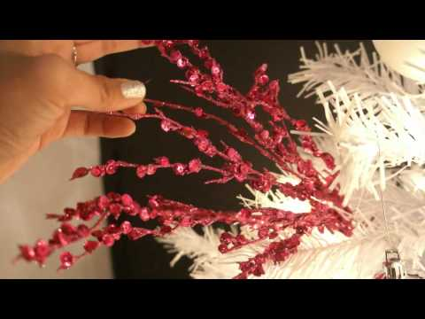 Christmas tree decorating ideas!!! Pink, Black, White & Silver!