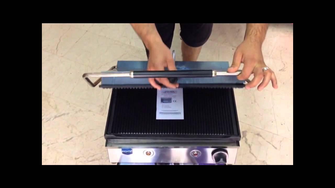 Tost makinesi nasıl temizlenir