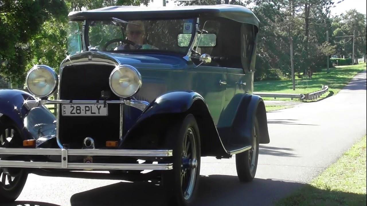 1928 PLYMOUTH  Q