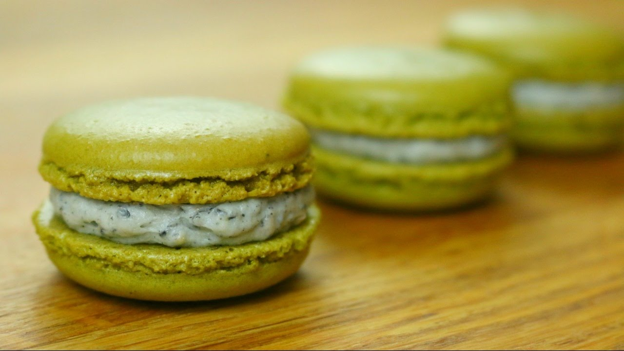 Green Tea Matcha French Macarons | sweetco0kiepie - YouTube