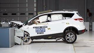 2013 Ford Escape moderate overlap IIHS crash test