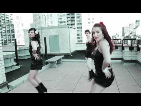 Sexy Girls Salsa Dancing in New York City