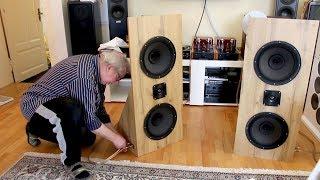 Papa baut und testet neue Lautsprecher  u.a. mit Billie Eilish, Cory Henry