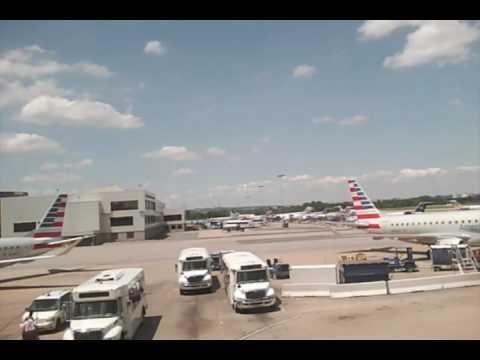 Washington National Airport (DCA) - video tour, flying American Airlines