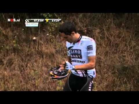 Tour 2011 - crash Contador 5th stage