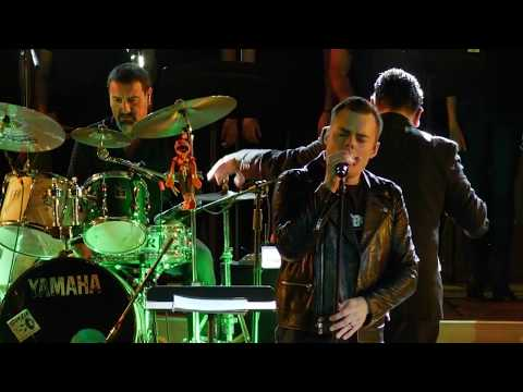 Marc Martel + Symphonic Queen - Who Wants To Live Forever (Live In Boca Del Rio)