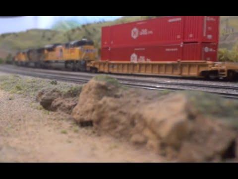 REALISTIC BNSF/UP Trains Over Tehachapi (HO Scale) - La Mesa Model RR Club