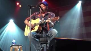 TRAVIS MARVIN -LIVE FRONT ROW