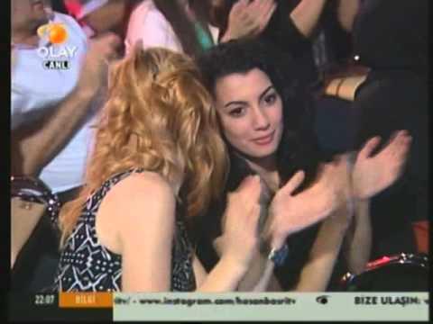 Sümer Ezgü, yeni albümü Electro Türkü House ile ilgili bilgi veriyor...
