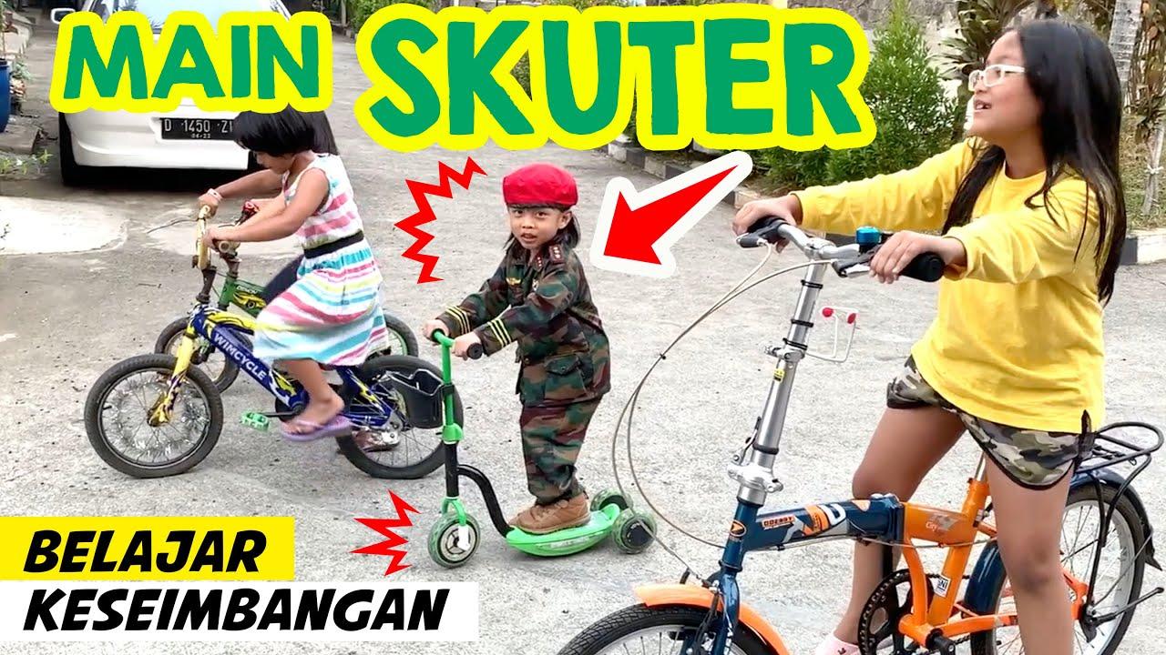 Rex Main Scooter Anak, Belajar Keseimbangan | Meluncur Naik Skuter Otoped Tanpa Jatuh