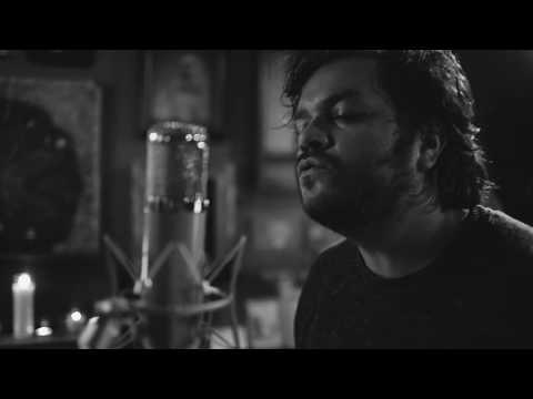 David Ramirez: Watching From A Distance (LIVE/STRIPPED)
