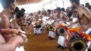Manimalarkavu vela 2013 Thayyur desam  panjavadyam HD
