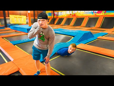 EXTREME HIDE & SEEK IN TRAMPOLINE PARK!