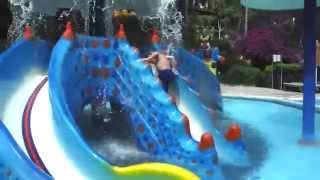 Utopia World Hotel.  Aquapark 2015(https://www.youtube.com/user/OlgaKirk Путешествие в Турцию(Аланью, Махмутлар).Утопия аквапарк детям очень понравился, побыва..., 2015-07-09T04:53:07.000Z)