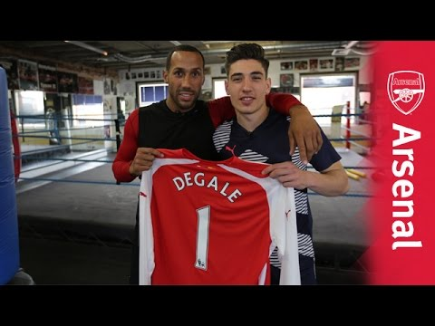 Hector Bellerin steps in the ring with James DeGale!