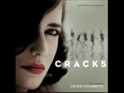 Cracks. Música: Javier Navarrete