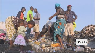 Togo's citizens sow seeds of environmental awareness in Recycling and Ecojogging:
