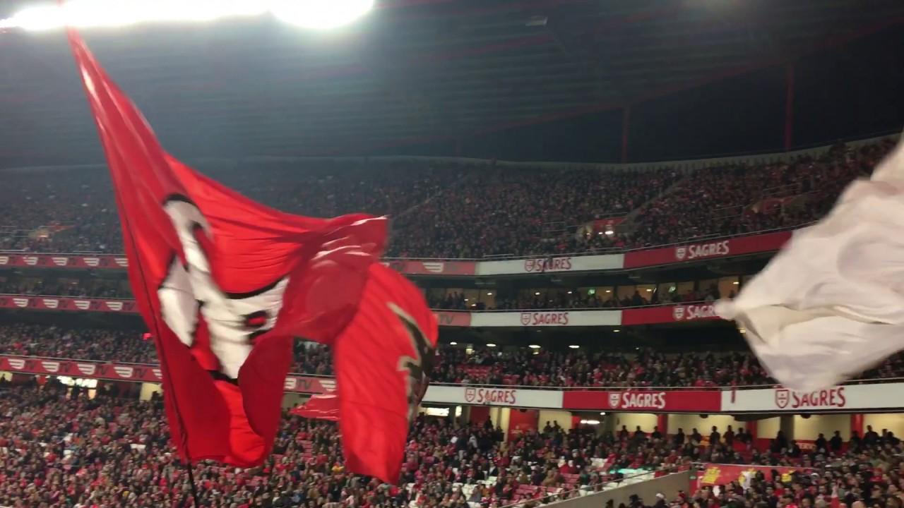 7b68562248 Força Eterno Benfica / Que lindo é vermelho e branco - YouTube