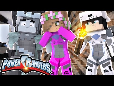 LITTLE KELLYS DAD IS TURNED TO ICE! Minecraft Power Rangers w/Raven